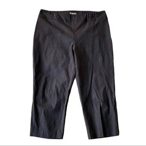 JM Collection Cropped Pull-On Pants Dark Gray